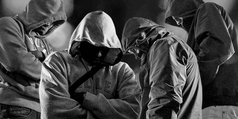 Which notorious criminal gang will you lead