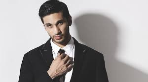 At whicha age Arjun Kanungo had set up a professional recording studio?