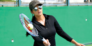 Take this quiz and see how well you know about Sania Mirza?