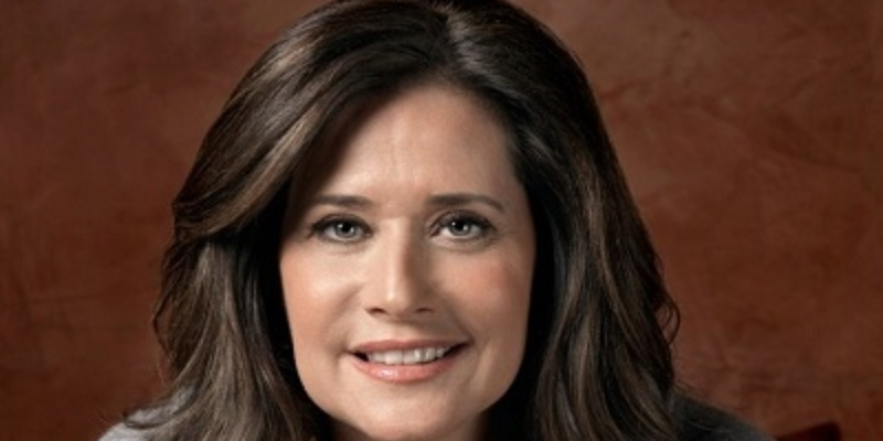 Answer this quiz questions on Lorraine Bracco and check how much you know about her