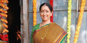 How well you know about Neena Kulkarni? Take this quiz to know