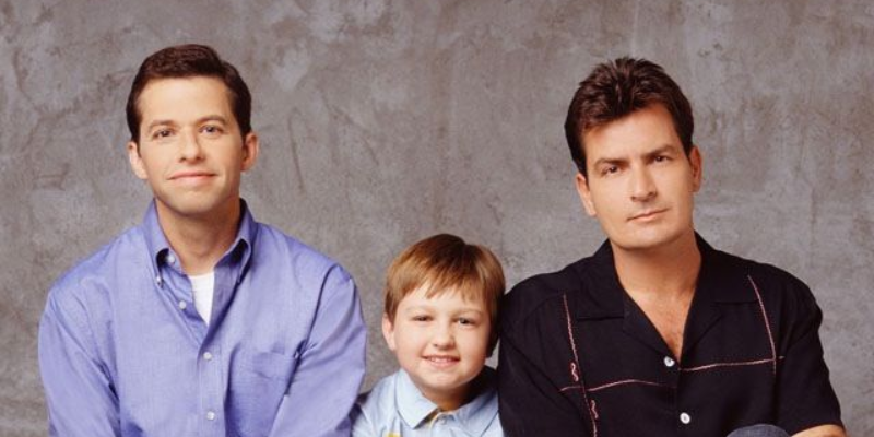 Answer this quiz questions based on Two and a half men season 3 and check how much you know about it